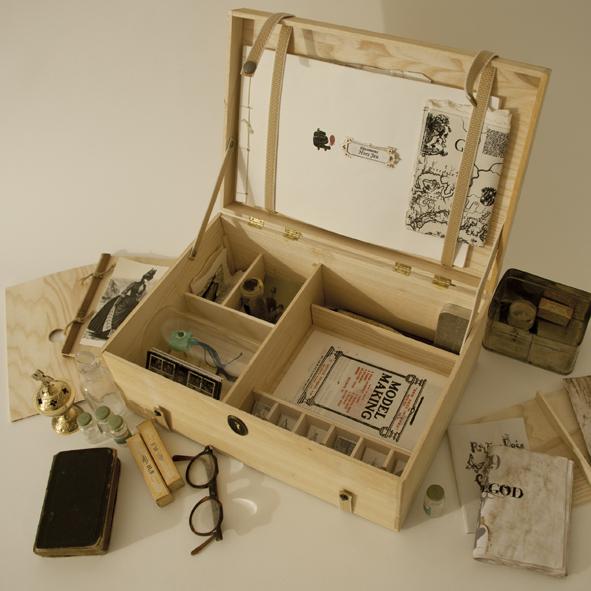 Cabinet de curiosit s petites curiosit s for Meuble cabinet de curiosite